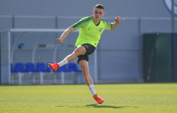 Nóng lòng phục hận Tottenham, Pep xỏ giày vào sân chơi bóng  - Bóng Đá