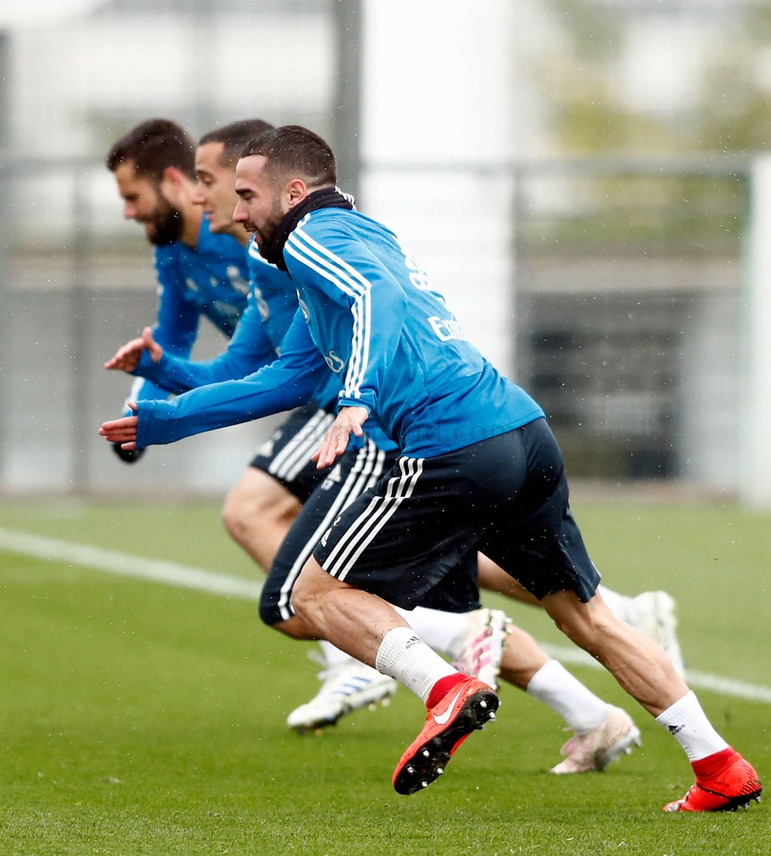 Tương lai bất định, Bale và Marcelo trở thành