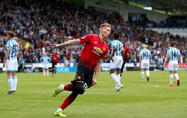 Pogba hai lần đưa bóng dội xà, Man Utd CHÍNH THỨC chia tay giấc mơ lớn - Bóng Đá