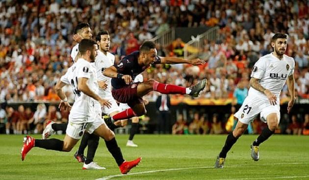 TRỰC TIẾP Valencia 1-0 Arsenal: Aubameyang lập siêu phẩm (H1) - Bóng Đá