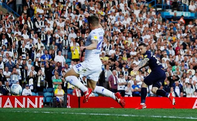 Ngược dòng kinh điển trước Leeds, thầy trò Lampard chỉ cách Premier League một bước chân - Bóng Đá