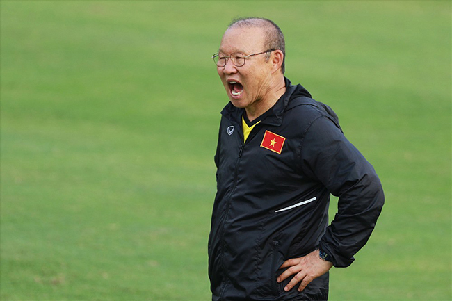 Tuyển Việt Nam mơ cao, ai sẽ vì thầy Park? - Bóng Đá