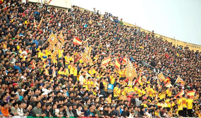 Chảo lửa Thiên Trường điểm tựa vững chắc của đội bóng thành Nam tại V-League 2019 - Bóng Đá