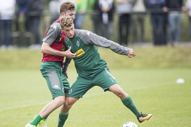 Christoph Kramer criticizes Michael Cuisance's conduct at Borussia Mönchengladbach - Bóng Đá