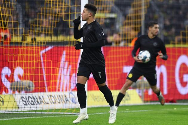 Sếp lớn tiết lộ lý do vì sao Dortmund mạnh tay