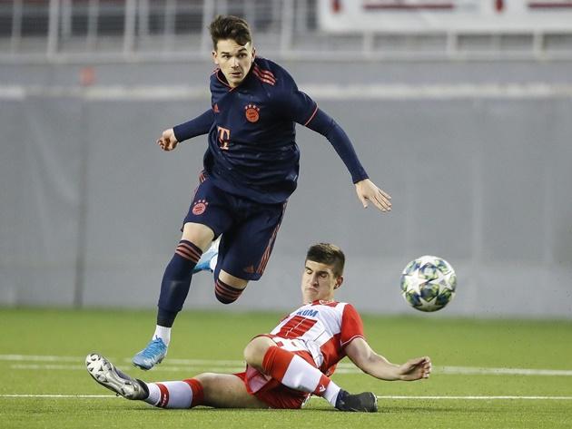 Sao trẻ Bayern chia sẻ kinh nghiệm thi đấu ở Đức -  Chris Richards và Taylor Booth - Bóng Đá