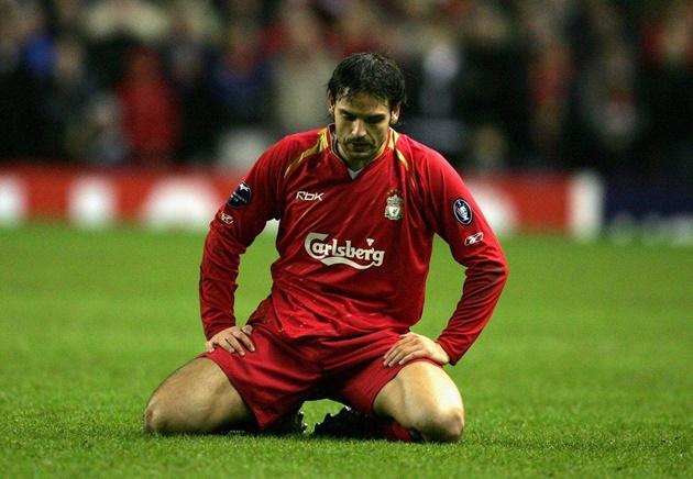 Forlan dẫn đầu danh sách những tiền đạo lụn bại ở Premier League - Bóng Đá