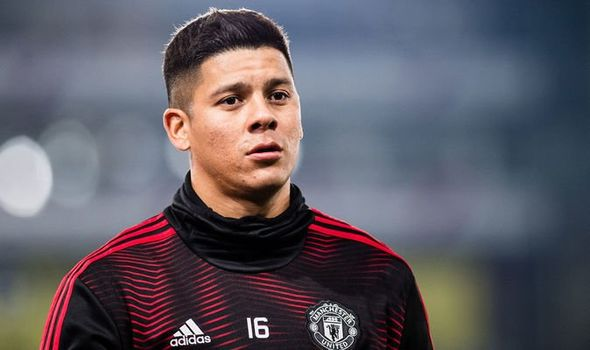 Fenerbahce Not Interested In Manchester United Defender Marcos Rojo Despite Reportedly 'Closing In' On Deal - Bóng Đá
