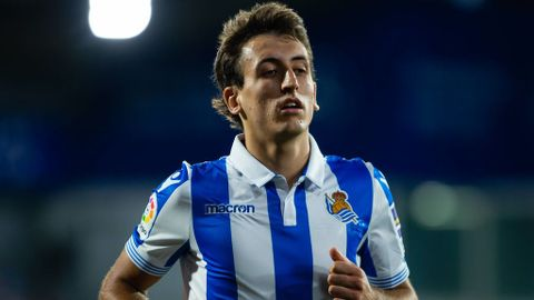 Arsenal: Fans ask for Mikel Oyarzabal in exchange for Nacho Monreal in transfer deal with Real Sociedad - Bóng Đá