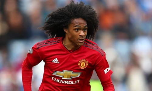 Manchester United fans react to Tahith Chong's performance - Bóng Đá