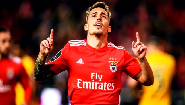 Why Man Utd should sign Alex Grimaldo - Bóng Đá