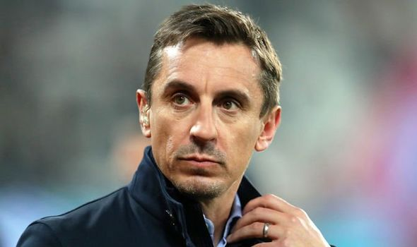 Neville Man Utd spends few hundred millions - Bóng Đá