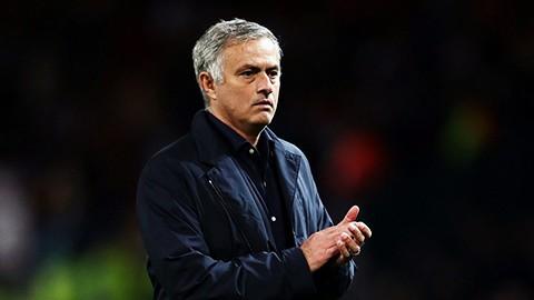 Mourinho has 2 man utd pictures - Bóng Đá
