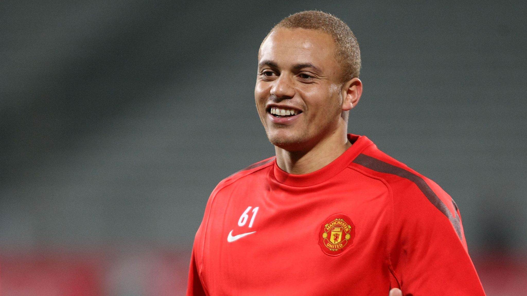 wes brown named 3 perfect targets for man utd - Bóng Đá