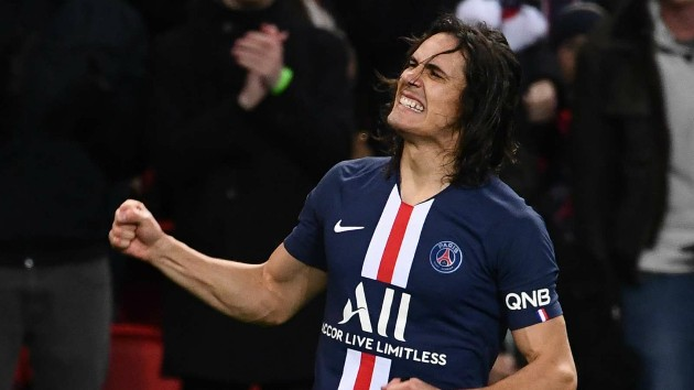 Man utd keeps close tabs on Cavani - Bóng Đá