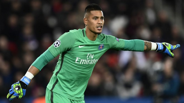 Chelsea and Newcastle interested in Areola - Bóng Đá