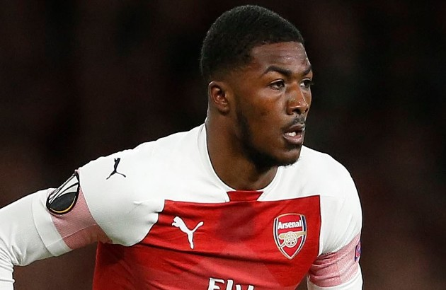 Tottenham interested in Maitland-Niles - Bóng Đá