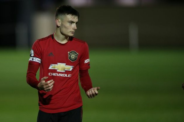 Man utd set to loan levitt - Bóng Đá