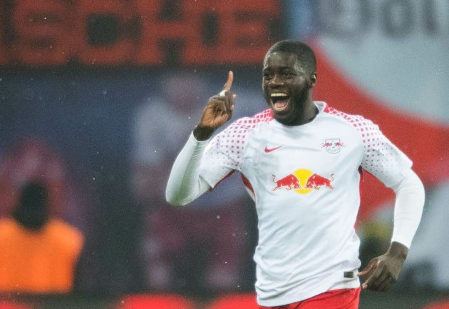 Man United must sell first before going for Upamecano  - Bóng Đá