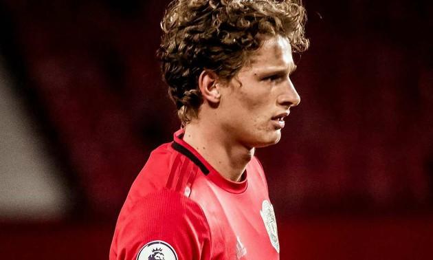 Ethan Laird, Di'Shon Bernard and Max Taylor set to leave man utd on loan - Bóng Đá