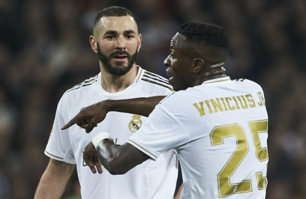 Vinicius and Benzema exchanged 8 passes together - Bóng Đá