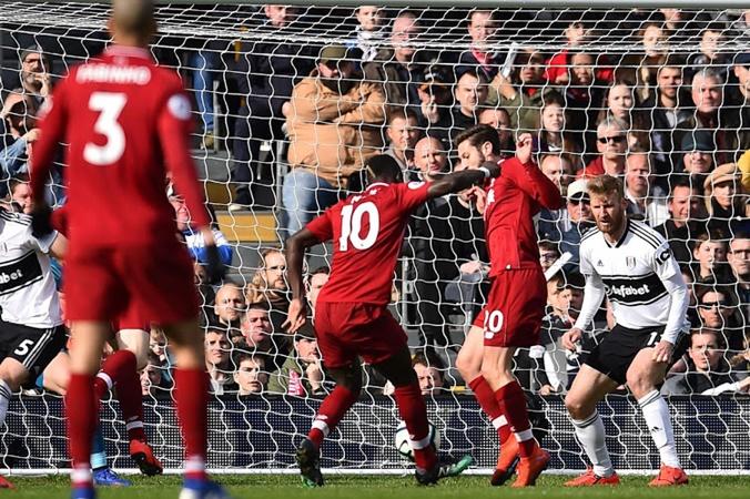 Với phong độ thế này, Mane đã chạm đến đắng cấp của Salah? - Bóng Đá