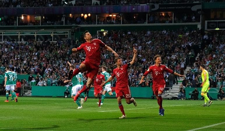Bayern vào CK cúp quốc gia: Bay trên niềm cảm hứng Mullerndowski - Bóng Đá