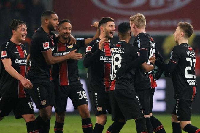 Bundesliga sắp hạ màn: Suất tham dự C1 cuối cùng về tay ai? - Bóng Đá