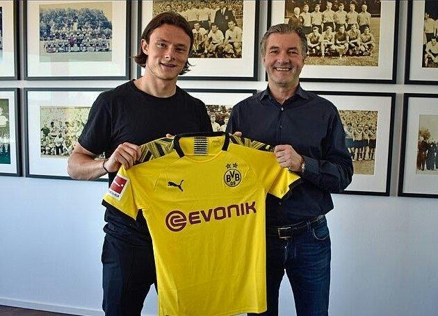 CHÍNH THỨC: Dortmund đón tân binh mùa hè đầu tiên - Bóng Đá