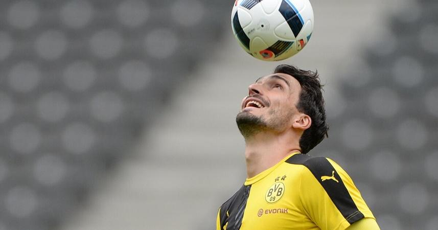 Xác nhận! Dortmund thử lòng Bayern, chuẩn bị chào đón siêu trung vệ - Bóng Đá