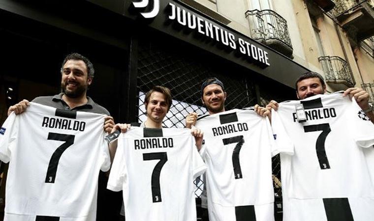 Sau 1 năm mua Ronaldo, 100 triệu euro đã đem lại cho Juventus những gì? - Bóng Đá