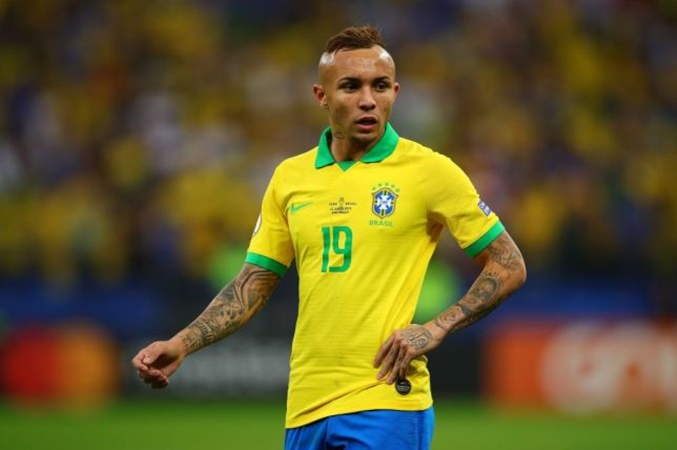"""Everton:""""I have an offer. On Thursday I could leave Gremio"""" - Bóng Đá"""