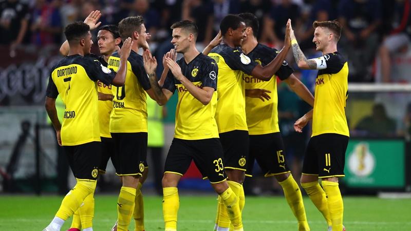Dortmund bất ngờ