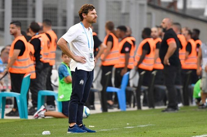 Villas-Boas chào hàng Ligue 1 bằng trận thua.