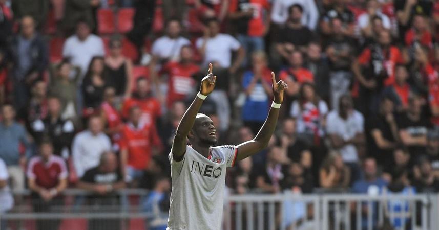 Đội hình tiêu biểu vòng 4 Ligue 1: Không
