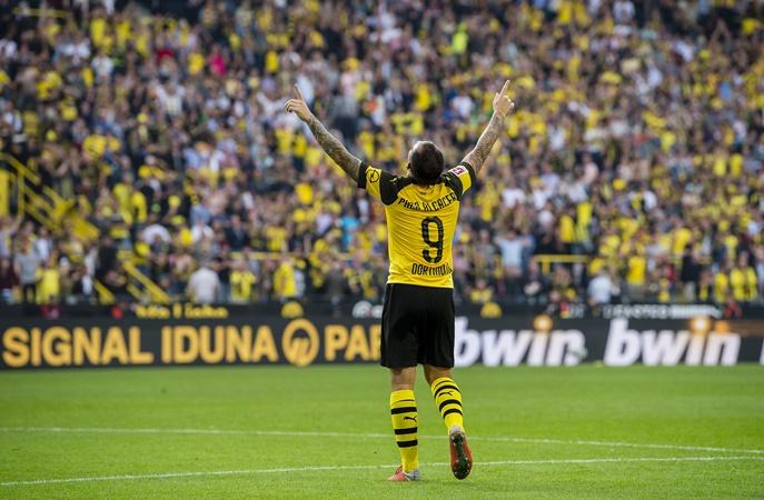 Sát thủ Dortmund đang chứng tỏ mình là