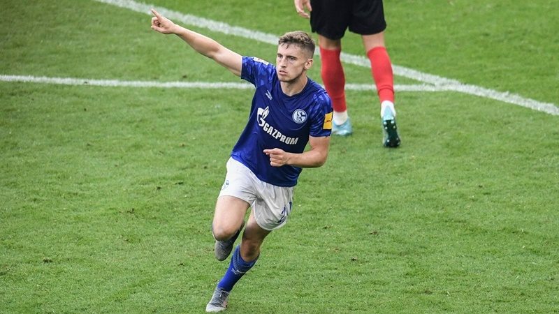 Jonjoe Kenny wins August Rookie of the Month award - Bóng Đá