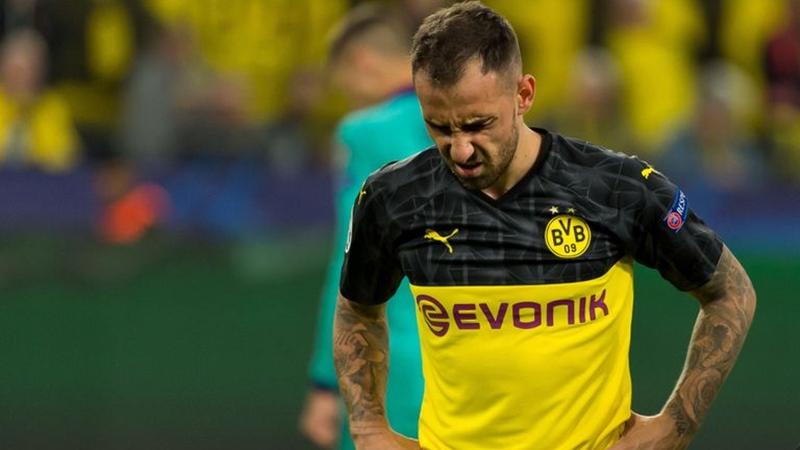 Dortmund cẩn thận! Tham vọng vô địch Bundesliga nhận cú sốc trời giáng - Bóng Đá