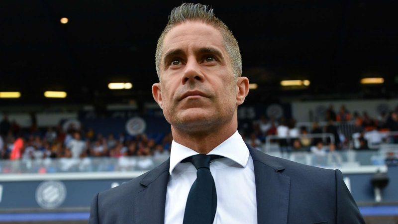 Sylvinho sacked by Lyon after one win in nine matches - Bóng Đá