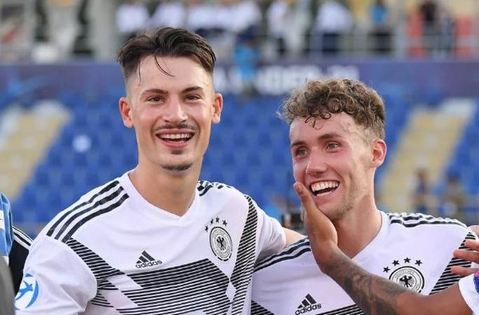 Thấy gì ở tuyển Đức từ trận hòa 2-2 gặp Argentina? - Bóng Đá