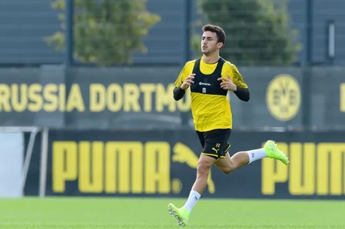 Mateu Morey reveals why he rejected Bayern Munich in favour of Borussia Dortmund  - Bóng Đá
