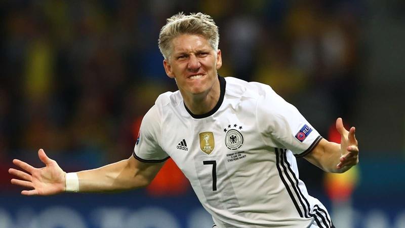 'Schweinsteiger can become a great coach' – Bayern Munich legend Hitzfeld - Bóng Đá