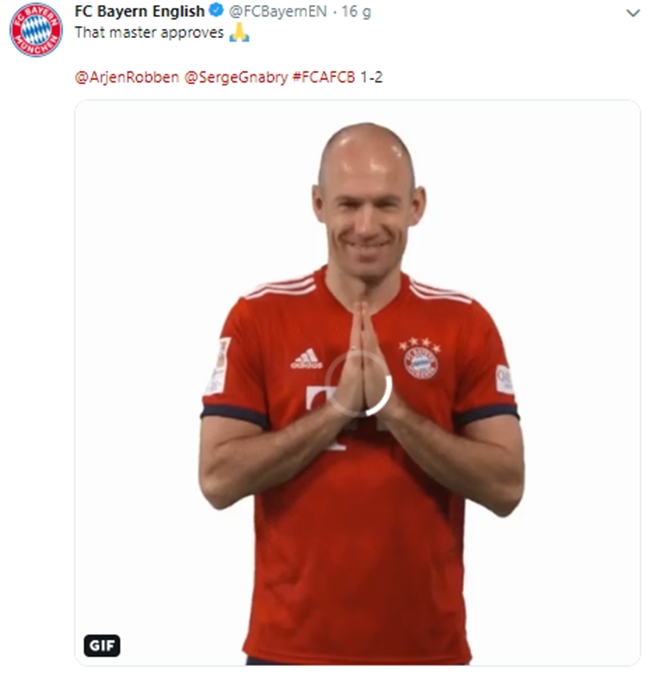 Sao Bayern làm điều điên rồ, NHM phát cuồng vì