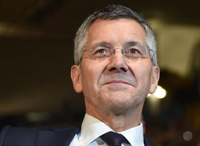 Đôi cánh thiên thần Robbery xuất hiến trong ngày Bayern chia tay chủ tịch - Bóng Đá