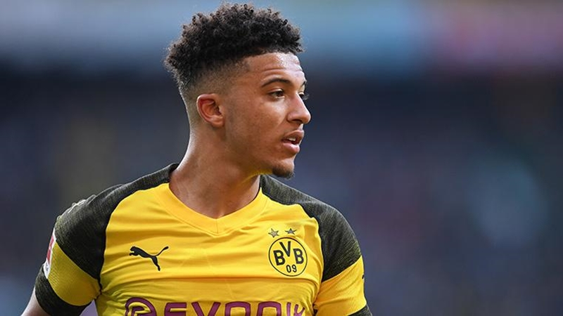 Sancho picks up Borussia Dortmund´s player of the month award - Bóng Đá