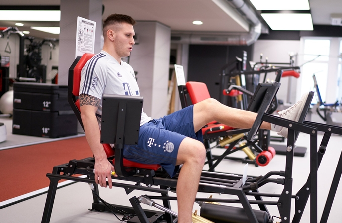 Niklas Sule working hard for return - Bóng Đá