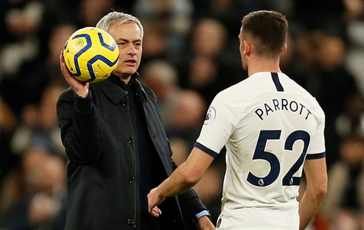 Mourinho considering handing Troy Parrott his Champions League debut away at Bayern Munich - Bóng Đá