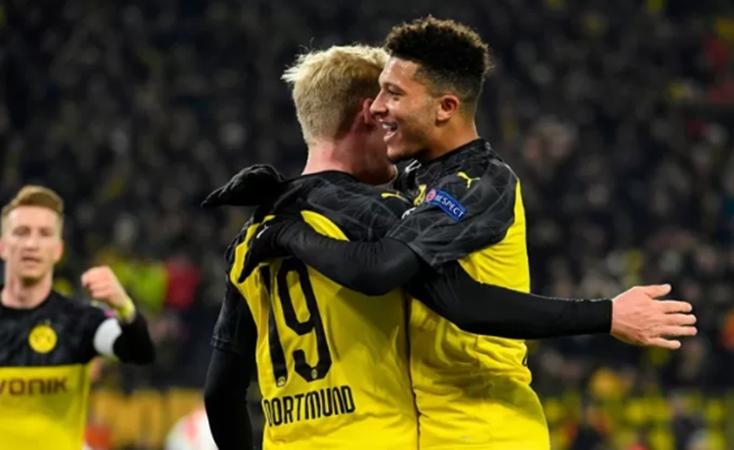 De Gea nhập, thủ thành Dortmund đóng vai
