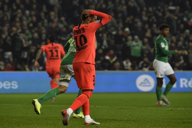 I think Neymar is making a lot of effort in every way: PSG sporting director - Bóng Đá