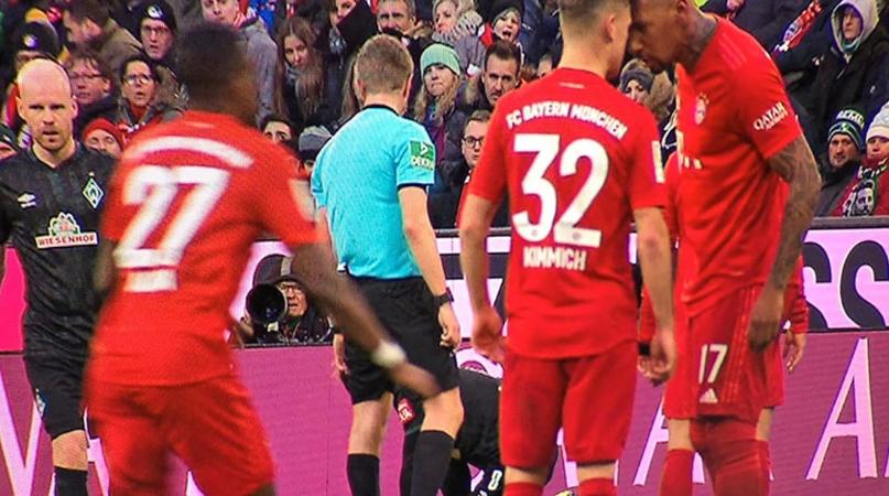 SỐC: Nội bộ của Bayern bùng nổ,